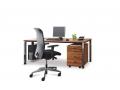 Palmberg Merano bureau met vierkante poten