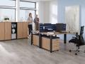 Palmberg Systo Tec bureau met uitdraaibare steldoppen