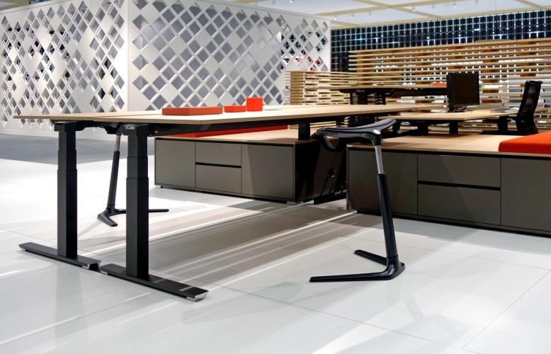 zit sta bureau. Black Bedroom Furniture Sets. Home Design Ideas